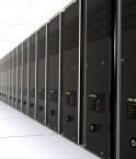 Serveurs informatiques dans un centre de données. © Andres Rodriguez