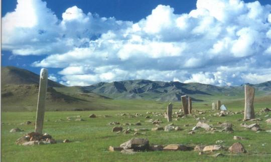 Plateau mongolien et ruines.