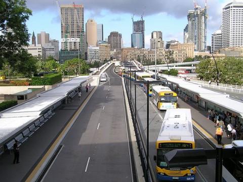 Gare routière à Brisbane.