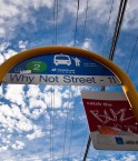 "Arrêt de bus ""Why Not Street"" à Brisbane. © keepwaddling1 (Flickr.com)"