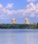Centrale nucléaire sur une île. © L Hollis Photography (Flickr.com)