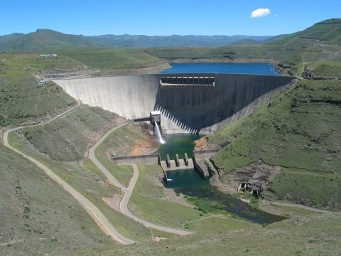 Le barrage Katse.