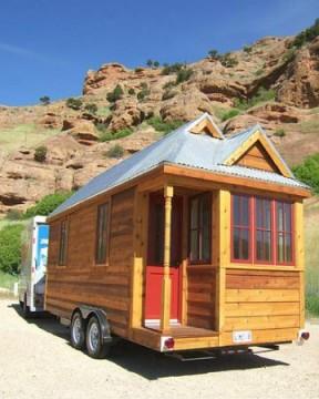 Mini-maison sur remorque.