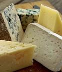 D'après une étude, le fromage est l'aliment qui contiendrait le plus d'ammoniac. t©matupplevelser