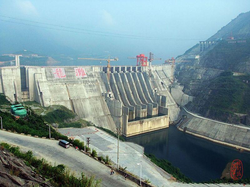 Le plus haut barrage du pays approuv malgr les - Barrage de l odeur ...