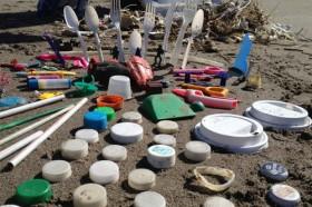 5 simples façons de ne pas polluer nos plages