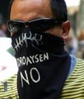 Manifestant anti-barrages en Pantagonie